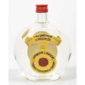 zwack-pecsetes-apricot-brandy